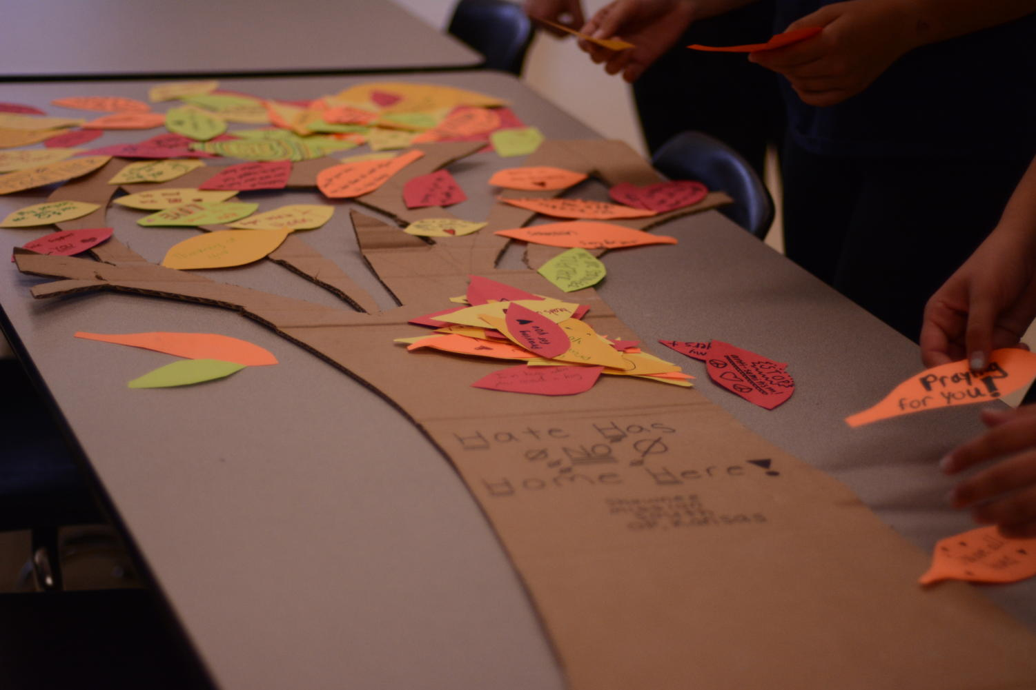 In response to the tragedy at the Tree of Life Synagogue in Pittsburg, South's Jewish Student Union put together their own tree of encouragement to send to those affected.