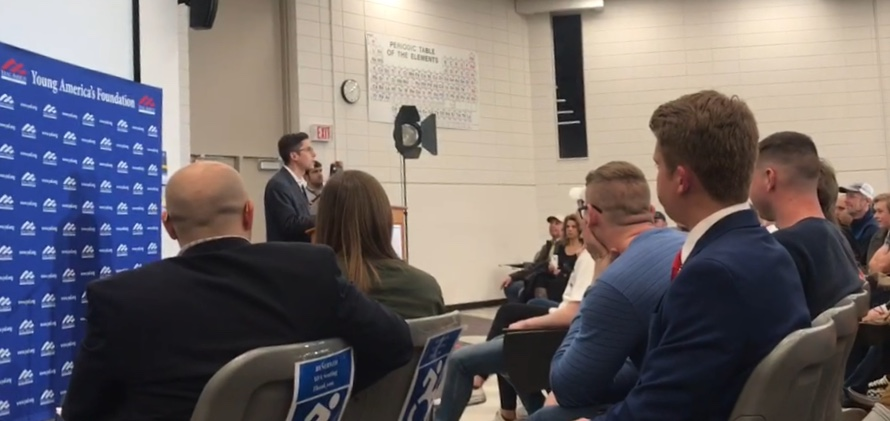 Conservative+pundit+Michael+Knowles+gives+lecture+at+event+hosted+by+UMKC+Young+American%27s+for+Freedom+and+UMKC+College+Republicans.+Photo+courtesy+of+Grace+Reber.