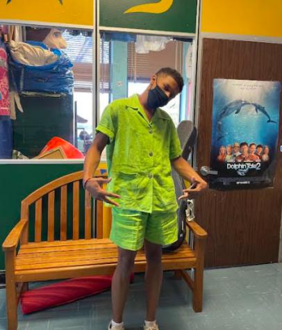 Senior Jordan Upton wears all green on monochrome Monday.